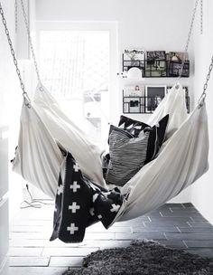 Awesome Chair! / Lotta Agaton
