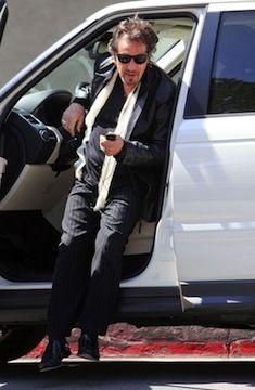 Land Rover Hoffman Estates >> Ben Affleck and his new Land Rover LR4 get a parking ...
