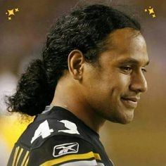 TROY, SEXY, HOT, EXCITING, BEST SAFETY IN STEELER HISTORY, A LEDGEND, ALSO A STRONG HOF CONTENDER LOVE THOSE LOCKS OF HAIR Football Is Life, Steelers Football, Football Players, Samoan Men, Here We Go Steelers, Troy Polamalu, We Are The Champions, Pittsburgh Sports, Steeler Nation