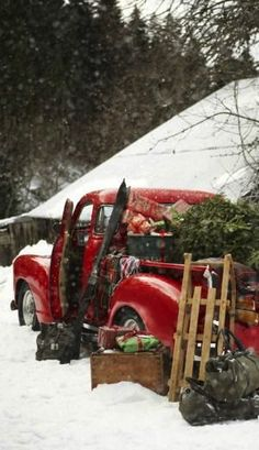 ♡.• * oh my love has brought the tree and the rest of the gifts. These gifts will go to town later, the shelter, the food bank, the charity shop, the old folks' home and then we will head out to the base & sing songs to the vets...
