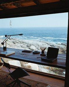 Kontoret med underbar utsikt över stranden.