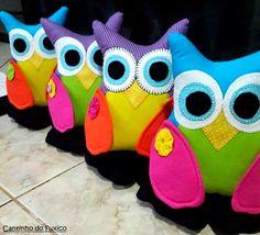 Cantinho do Fuxico: Corujinhas coloridas peso de porta!