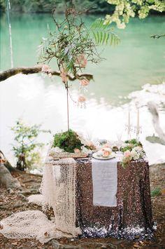 Der Zauber von Arielle @Feather and Stone http://www.hochzeitswahn.de/inspirationsideen/der-zauber-von-arielle/ #mariage #wedding #tabledecor