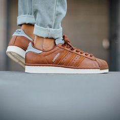 best sneakers 0a457 c1252 Adidas Superstar, popular with everyone including the counterfeiters.  Checkout a 24 point step-by-step guide on spotting fakes on goVerify.