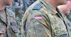 """Gegen die Pläne mancher politischer Kreise, die Bundeswehr auch im Inneren einzusetzen, regt sich zu viel Widerstand. Die Schaffung einer """"Nationalgarde"""" soll ein Kompromissangebot der Bundesregierung an die Kritiker sein. Damit kommt aber eine weitere Militarisierung."""