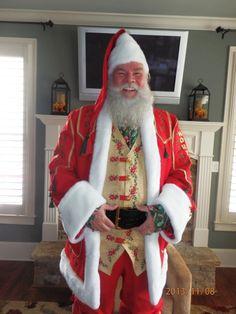 Santa_Papa_Pick_in_his_Mountain_Man_Suit.jpg (3456×4608)