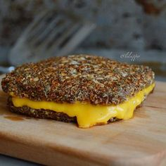 CAULIFLOWER CRUST Grilled Cheese?!? Cauliflower is so versatile, you can even make bread?out of it!…