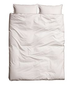 Not quite sure why, but I've always had a slight obsession with all white sheets!