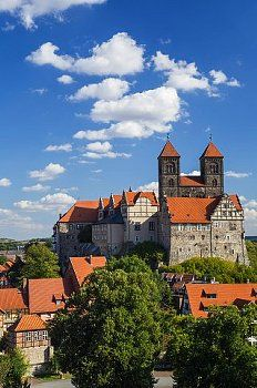 Greetings Card-Quedlinburg Castle and Collegiate Church Saint Servatii, UNESCO World Heritage Site-Photo Greetings Card made in the USA Visit Germany, Germany Travel, Berlin, Saxony Anhalt, World Heritage Sites, Wonders Of The World, Places To See, Travel Inspiration, Beautiful Places