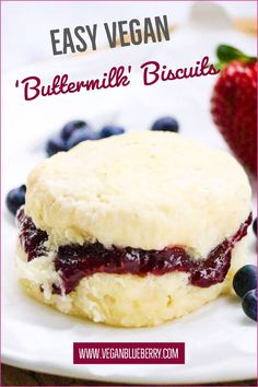 Easy SouthernStyle Vegan Biscuits is part of Easy Buttermilk Vegan Biscuits The Southern Style Secrets - Have these gorgeous fluffy and flakey Vegan SouthernStyle Vegan Biscuits baking in your oven in 5 minutes! Brownie Desserts, Oreo Dessert, Mini Desserts, Coconut Dessert, Healthy Vegan Snacks, Vegan Sweets, Vegan Foods, Vegan Dishes, Vegan Lunches
