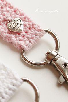 Kaunista joulukuun ensimmäistä päivää ja tervetuloa seuraamaan Prinsessajuttu -blogin ihka ensimmäistä joulukalenteria! Tästä päivästä l... Crotchet, Crochet Projects, Projects To Try, Personalized Items, Knitting, Crafts, Handmade, Knits, Life Hacks