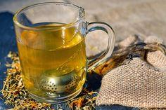 Con estas 7 infusiones para cuidar cuerpo y mente ese momento reconfortante de tomar tu bebida caliente, además de relajarte, te alejará del doctor.