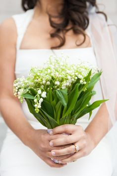 #Green #Bouquet … #Wedding #ideas for brides, grooms, parents & planners https://itunes.apple.com/us/app/the-gold-wedding-planner/id498112599?ls=1=8 … plus how to organise an entire wedding, within ANY budget ♥ The Gold Wedding Planner iPhone #App ♥ http://pinterest.com/groomsandbrides/boards/ For more #Wedding #Ideas & #Budget #Options & #Bridal #Bridesmaids #Bouquets