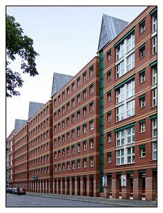 Berlin,Wohn- und Geschäftshaus, Aldo Rossi