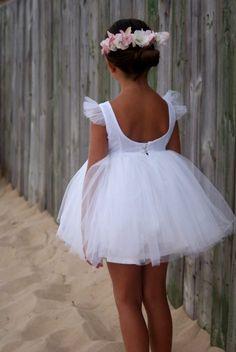 DSC04947 Girls Dresses, Flower Girl Dresses, Flower Girls, Tulle, Princess, Wedding Dresses, Skirts, Flowers, Clothes