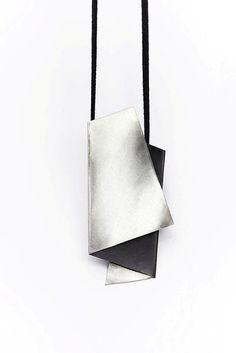 Минималистский серебряный кулон. Handmade.