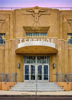 New Orleans Lakefront Airport. Shushan Airport, now known as the New Orleans Lakefront Airport, was a celebrated terminus built in Art Deco style in Bauhaus, Art Nouveau, Interior Architecture, Interior And Exterior, Vintage Architecture, Architecture Student, Louisiana Homes, Lake Pontchartrain, Streamline Moderne