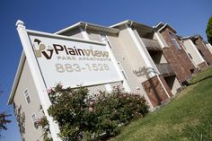 Plainview Park Apartments    http://www.thewootenco.com/property_detail/plainview-park-apartments#