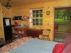 Little Tracks Cabins RED-fish Cabin, Holladay TN Cabins and Vacation Rentals   RentTennesseeCabins.com