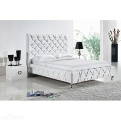 Luxury Leather Queen Bed In White Black Colour Imitation Diamond Decorate The Whole