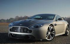 Aston Martin DBS V12. A fine 2012 uscirà di produzione. http://giornalemotori.it/66150/aston-martin-una-special-per-i-100-anni/