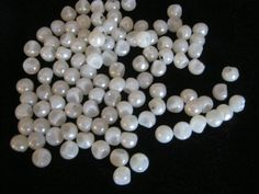 100 Stück Blusenknöpfe mit ÖseKugelkopfe ähnlich Perle