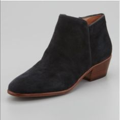"""Sam Edelman Petty Suede Ankle Booties NWOT Gorgeous Sam Edelman """"Petty"""" Ankle Booties. No imperfections. Bottoms only reflect having been tried on. Sam Edelman Shoes Ankle Boots & Booties"""
