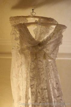 Jane Bourvis wedding dress Little White Dresses, Fashion Boutique, Cool Girl, Boho Chic, Wedding Inspiration, Weddings, Wedding Dresses, Lace, Vintage