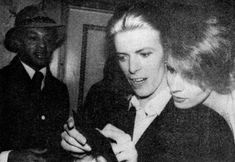 David and Angela Bowie David Bowie, Angie Bowie, Androgynous Look, The Thin White Duke, Major Tom, Ziggy Stardust, Bette Davis, Rock Legends, Ex Wives