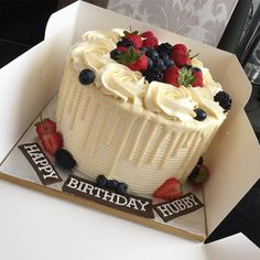 Super Birthday Cake Ideas For Adults Women Simple Christmas Gifts Ideas Soccer Birthday Cakes, Adult Birthday Cakes, 25th Birthday, Birthday Gifts, Birthday Cake Ideas For Adults Women, Wedding Cake Alternatives, Gourmet Cakes, Berry Cake, Birthday Cakes