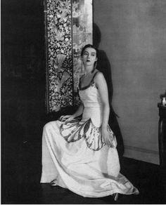 Madeleine Vionnet dress, photo by Edward Steichen Edward Steichen, Madeleine Vionnet, Belle Epoque, Mode Vintage, Vintage Ladies, Vintage Glam, Vintage Bohemian, Vintage Outfits, Vintage Fashion
