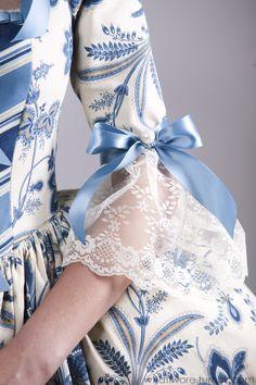 Marie Antoinette style in blue & white