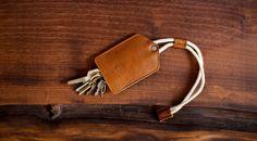 Compact leather key holder. Stylish keychain & lanyard. Simple key case, Key bag / gift idea  // Brown