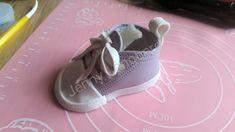 gumpaste baby shoe