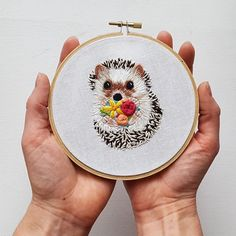 hearthandmade | Beacons mobile website Wooden Embroidery Hoops, Dmc Embroidery Floss, Embroidery Scissors, Hand Embroidery Stitches, Hand Embroidery Designs, Embroidery Kits, Embroidery Techniques, Cute Embroidery, Embroidery Needles
