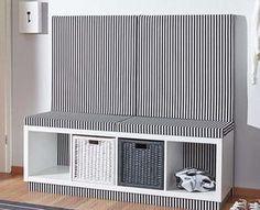 Schneller IKEA-Hack: So wird ein Kallax-Regal zur Flur-Bank