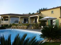 Vakantiehuis 'STE MAXIME DE GROTE DROOM' Ste Maxime, Provence, Mansions, House Styles, Home Decor, Mansion Houses, Homemade Home Decor, Manor Houses, Fancy Houses