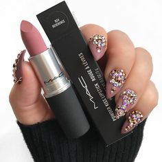 These 32 Gorgeous Mac Lipsticks Are Awesome - Powder Kiss Lipstick in Shade Reve. These 32 Gorgeous Mac Lipsticks Are Awesome - Powder Kiss Lipstick in Shade Reverence - Hair and Beauty eye makeup Ideas To Try - Nail Art Design Ideas Mac Lipstick Shades, Matte Lipstick Brands, Best Mac Lipstick, Mac Lipstick Swatches, Mac Lipsticks, Lipstick Colors, Bright Lipstick, Brown Lipstick, Makeup Products