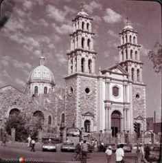 CatedraldeCiudadJuárez(Hacia1968). CiudadJuárez, Chihuahua.