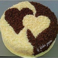 Herzkuchen Food and drink Cute Cakes, Pretty Cakes, Beautiful Cakes, Amazing Cakes, Food Cakes, Cupcake Cakes, Cake Icing, Eat Cake, Valentine Cake