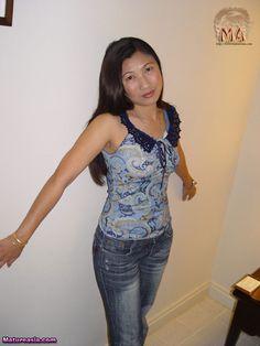 sexy-asian-wife-linda