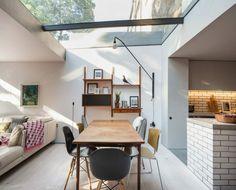 wintergarten zum wohnen wohnzimmer-design-modern-dachfenster-küche-backstein