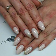 Lakiery hybrydowe UV LaQ 510 Skin colour & 628 Golden Eye. Nails by Alicja Koziołek #spnnails #uvlaq #inspiracje #paznokcie #manicure #nails