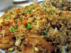 Easy Shrimp Fried Rice-Do you ever possess leftover rice in the fridge? The best way to utilize it up is to create fried rice! Fried rice is most effective with chilled left. Rice Recipes, Seafood Recipes, Asian Recipes, Ethnic Recipes, Asian Foods, Yummy Recipes, Dinner Recipes, How To Cook Shrimp, Recipes