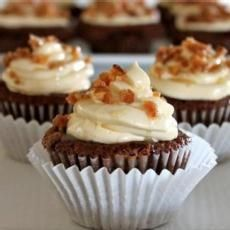 Chocolate Souffle Cupcakes with Mint Cream | Cakes and cupcakes ...