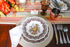 The Easiest DIY Plate Chargers Ever: No Sewing or Painting - Pender & Peony - A Southern Blog Plate Chargers, Wood Chargers, Charger Plates, Fall Table Settings, Striped Table Runner, Copper Mugs, Pumpkin Centerpieces, Course Meal, Glass Pumpkins