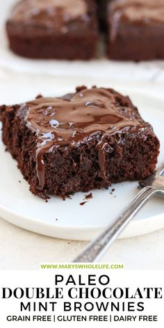 These Paleo Double Chocolate Thin Mint Brownies are the ultimate treat! Rich, Fudgy brownies with a minty twist. Perfect for Any Day! They are grain free, gluten free, dairy free, and absolutely delicious! #paleo #paleotreats #brownies #dessert #paleodessert #glutenfree #grainfree #dairyfree #baking Grain Free, Dairy Free, Gluten Free, Fudgy Brownies, Chocolate Mint Brownies, Thin Mints, Paleo Treats, Paleo Dessert, Baking