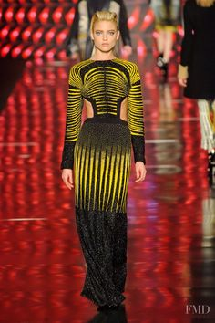 Photo feat. Martha Hunt - Etro - Autumn/Winter 2013 Ready-to-Wear - milan - Fashion Show | Brands | The FMD #lovefmd