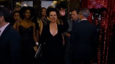 hi hey entrance movie trailer hai whats up lionsgate premiere shes funny that way hay gurl hay debi mazar Debi Mazar, Find Gifs, Last One, Movie Trailers, That Way, Formal Dresses, Concert, Funny, Movies