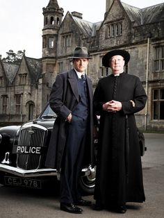 """Tom Chambers as Inspector Sullivan, with Mark Williams as the title character, in the BBC series adaptation of G. Hatherop Castle, Gloucestershire doubled as """"Danvers Retreat"""" in the Father Brown episode """"The Maddest of All"""" Murder Mysteries, Cozy Mysteries, Old Tv Shows, Movies And Tv Shows, Mark Williams, Detective Shows, Tv Detectives, Miss Marple, Bbc Tv"""
